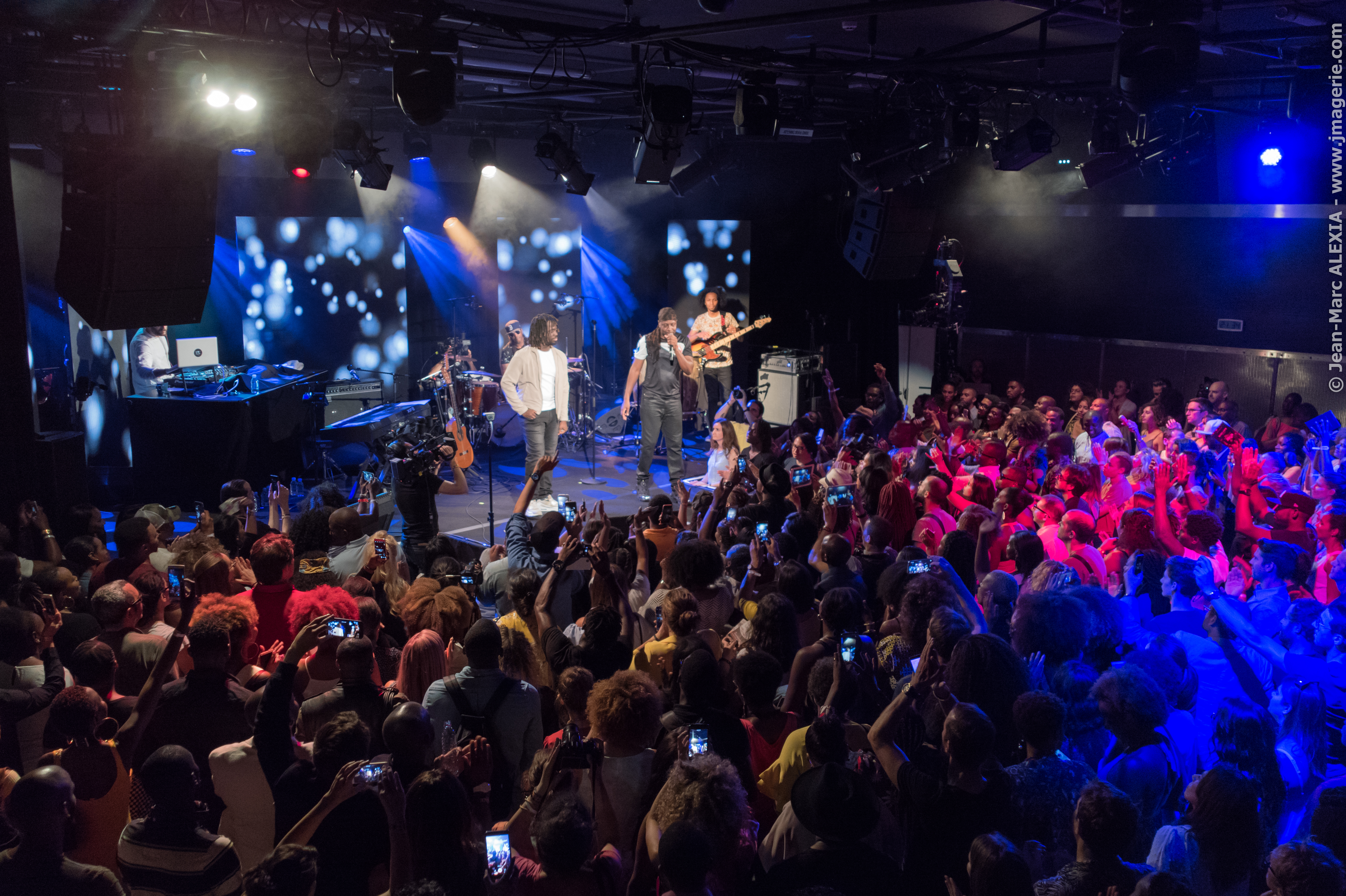 TRACE Live Wyclef & Friends